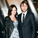 Alexis Bledel and Vincent Kartheiser - 454 x 447