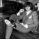Barry Gibb - 454 x 580
