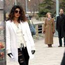 Priyanka Chopra – Filming 'Quantico' set in New York - 454 x 373