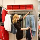 Lili Reinhart Attends New H&M Westfield Century City Opening