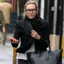 Kate Winslet – Out and about in New York - 454 x 662