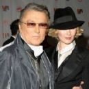 Robert Evans and Tatijana Shoan - 286 x 425