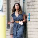 Jessica Alba in Blue Dress – Visits her friends in Santa Monica - 454 x 521