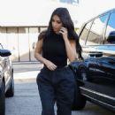 Kim Kardashian – Visiting a Cryo Therapy shop in Woodland Hills