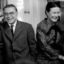 Jean-Paul Sartre and Simone de Beauvoir - 454 x 337