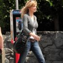 Courtney Thorne-Smith - Shopping In Brentwood (23.03.10) - 454 x 658