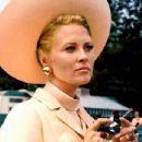 The Thomas Crown Affair - Faye Dunaway - 454 x 348