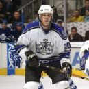Luc Robitaille - 454 x 670