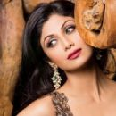 Shilpa Shetty - Hi! BLITZ Magazine Pictorial [India] (January 2014) - 454 x 512