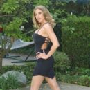 Lauren Phoenix - 315 x 480
