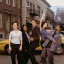 Terry Farrell - cast of BECKER - 305 x 400