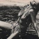Ursula Andress - 454 x 317