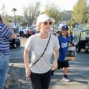 Kaley Cuoco – Arrives at Dodger Stadium for the World Series in LA - 454 x 656