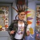 Chyler Leigh as June Tuesday in That '80s Show - 405 x 303