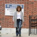 Jennifer Lopez on the set of 'Shades of Blue' in NYC - 454 x 318