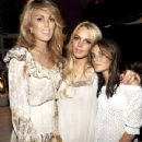 Ali Lohan with Mom and Sister Lindsay
