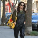 Actress Robin Tunney was spotted running errands in Beverly Hills, California on December 9, 2016 - 430 x 600