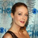Jennifer Finnigan - People's Choice Awards at the Nokia Theater in Los Angeles - 05.01.2011 - 454 x 655