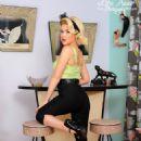 Renee Olstead - 454 x 681