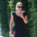Maria Sharapova is seen out and about in Los Angeles, California on August 1, 2016 - 446 x 600