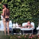 Kiefer Sutherland Splits With Siobhan Bonnouvrier