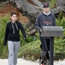 Ashton Kutcher & Mila Kunis: walk with their dog in Hollywood