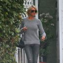 Cameron Diaz Goes Gray For a Pampering Pit Stop