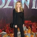 Katherine Jenkins – 'Frozen 2' Premiere in London - 454 x 635