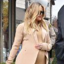 Khloe Kardashian – Leaving Petit Tresor in Los Angeles - 454 x 576