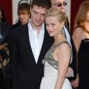 Reese Witherspoon and Ryan Phillippe - The 63rd Annual Golden Globe Awards - Arrivals (2006) - 374 x 612