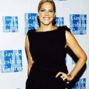 Mary McCormack - L.A. Gay & Lesbian Center's 38 Anniversary Gala - 24-10-2009 - 454 x 678