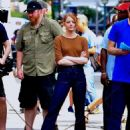 Emma Stone – Films 'Billy on the Street' set in New York City - 454 x 598