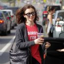 Lily Collins Leaves workout in Beverly Hills - 454 x 600