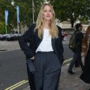 Ellie Goulding – Leaving the One Young World Summit in London