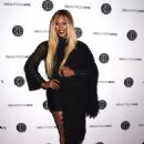Laverne Cox – 2018 BeautyCon Festival Day 2 in New York - 454 x 626