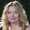 Michelle Pfeiffer, Arrivals, 59 Emmy Awards, 2007-09-16