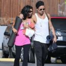 Colin Farrell & His Sister Claudine Hit Up A Yoga Class - 450 x 594
