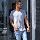 Scott Disick is spotted out running errands in West Hollywood, California on July 1st, 2016 - 373 x 600