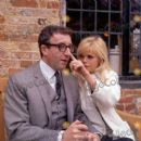 Britt Ekland and Peter Sellers - 400 x 397