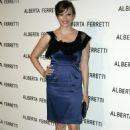 Vinessa Shaw - Alberta Ferretti Boutique Opening, 12.11.2008. - 454 x 685
