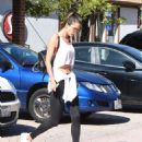 Alessandra Ambrosio Gets Her Workout in - 454 x 573