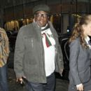 Cedric The Entertainer is seen posing for photos and signing autographs after appearing on the