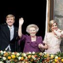 Queen Beatrix - 454 x 340