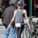 Diane Kruger in Tights headed to the gym in New York City September 27, 2016 - 454 x 654