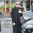 Gal Gadot – Enjoys a Day at Fred Segal With a Friend, West Hollywood 1/23/ 2017 - 454 x 681