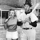 Marilyn Monroe & Gus Zernial - 454 x 855