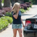 Reese Witherspoon is seen spending time with friends on May 30, 2016