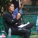Mariska Hargitay – On The Set of 'Law and Order: Special Victims Unit' in New York - 454 x 681