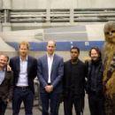 Star Wars: The Last Jedi (2017) - 454 x 303