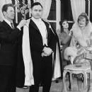 Tovarich (musical) Original 1963 Broadway Cast Starring Vivien Leigh - 454 x 363